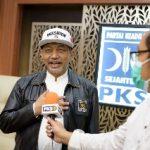 Presiden PKS Raih Penghargaan Rising Star of Democracy